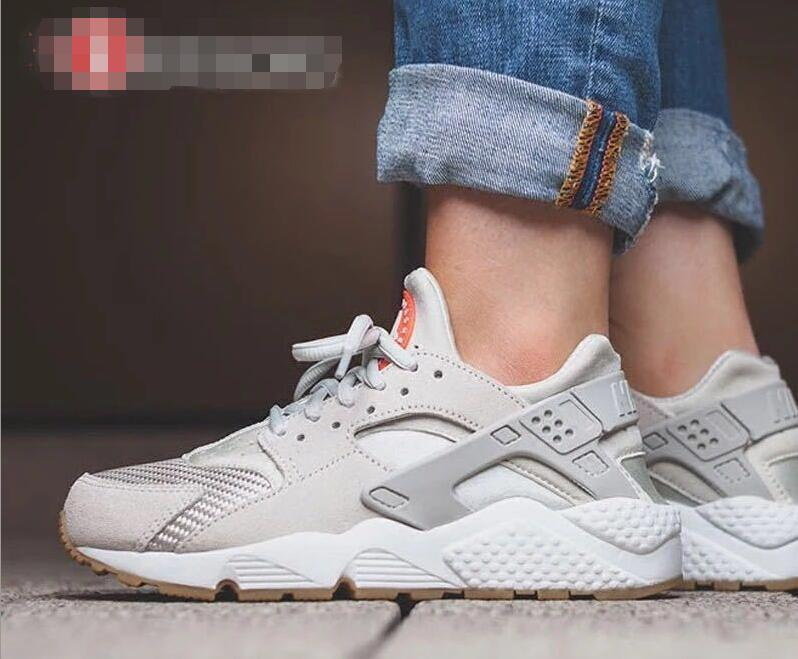nike air huarache run women siliver grey