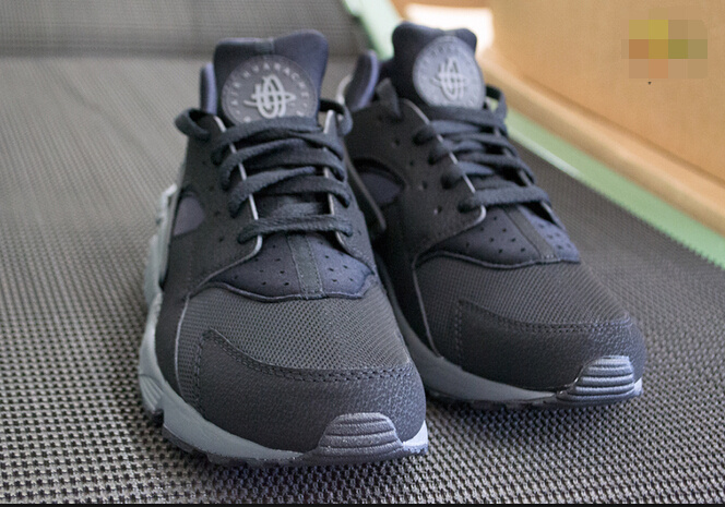 nike air huarache run women Black Dark Grey